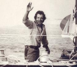 Navigateur français célèbre Alain Colas