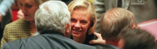 Pacs 1999